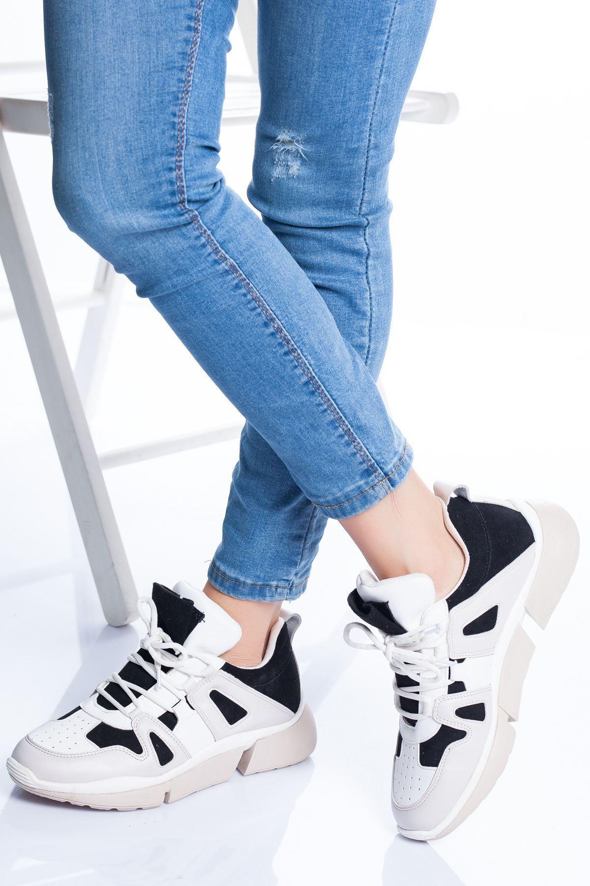 Pedro Spor Ayakkabı SİYAH-BEYAZ