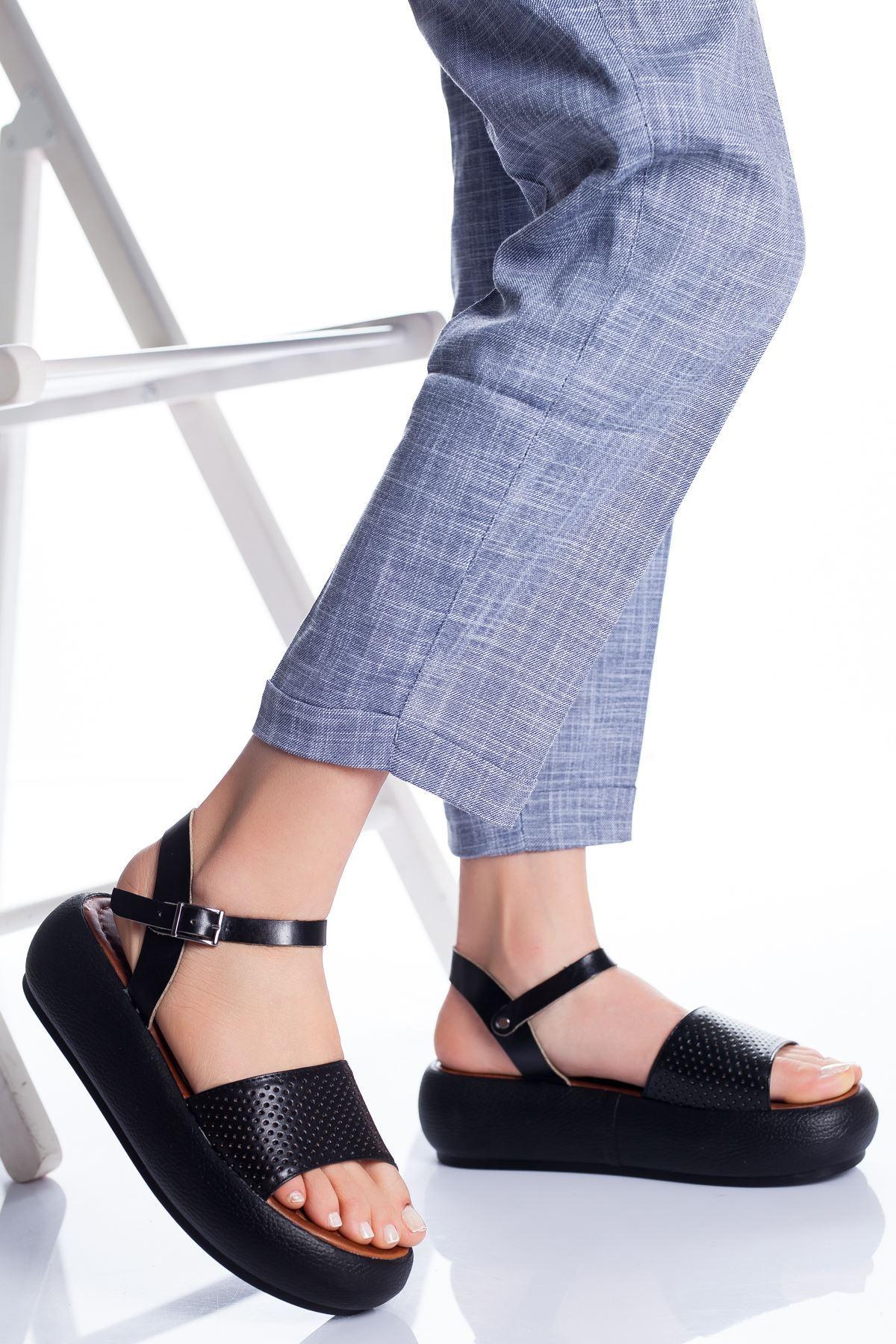 Loren Deri Sandalet SIYAH