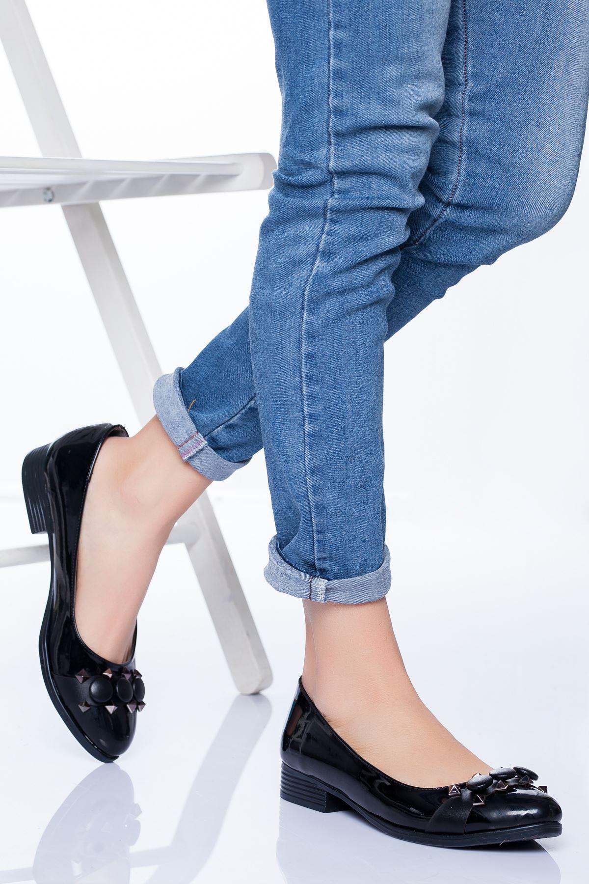 Lucy Babet Ayakkabı SİYAH RUGAN