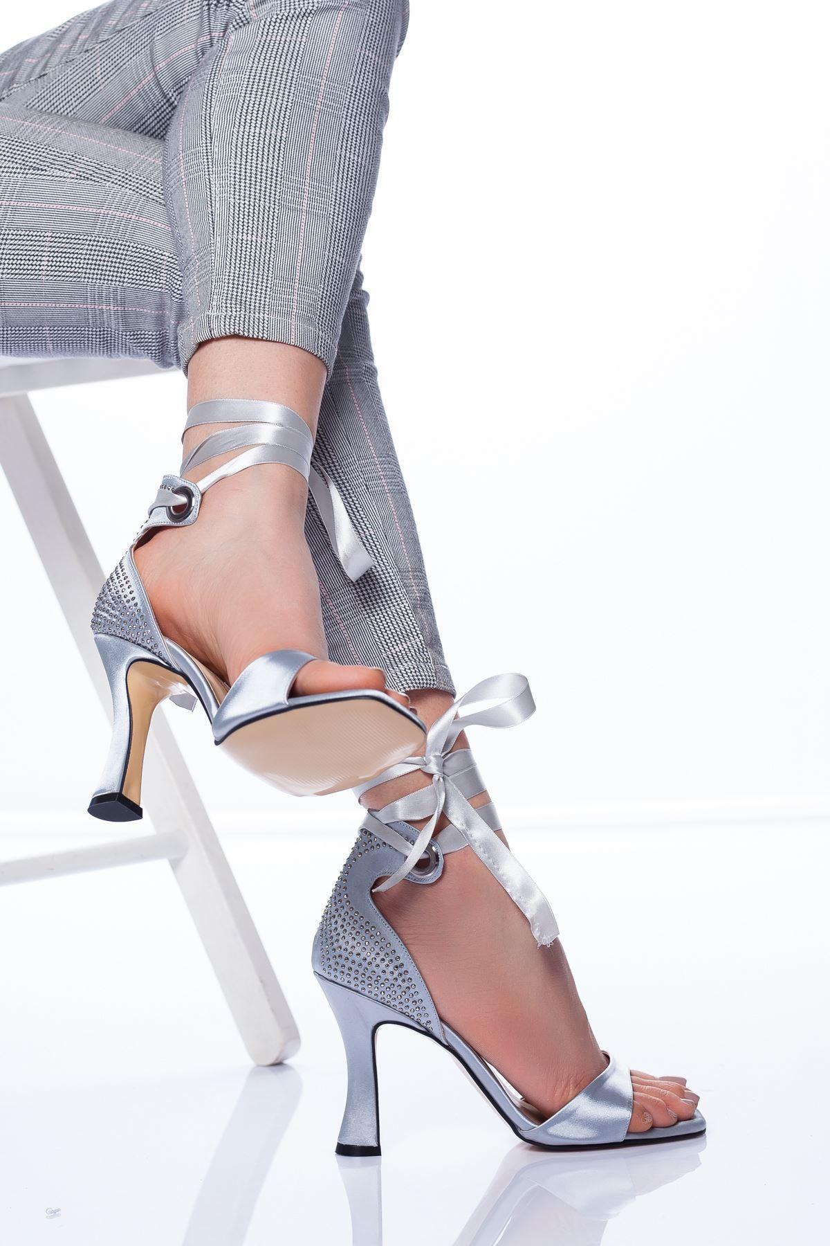 Sonya Topuklu Ayakkabı GRİ