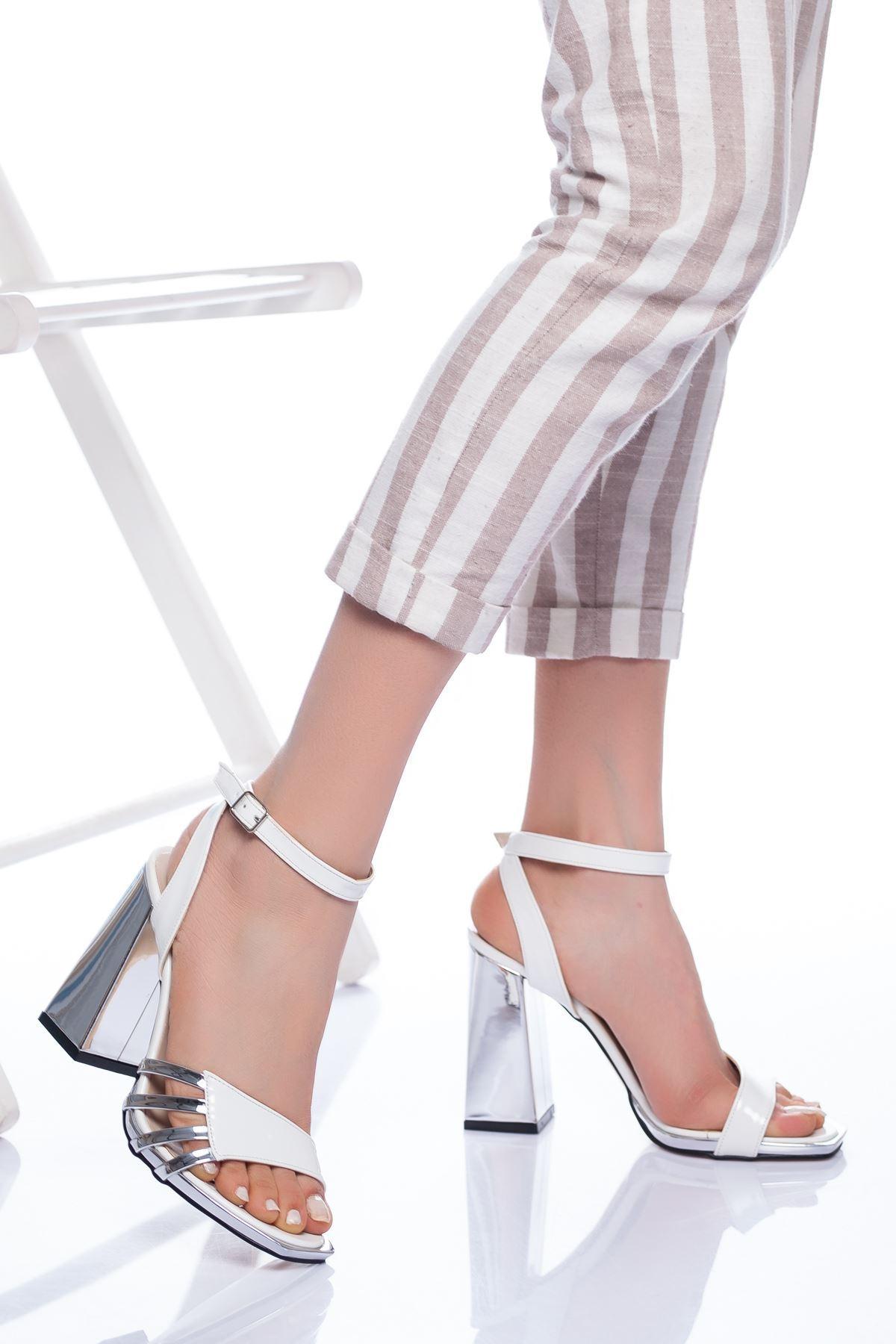 Amari Topuklu Ayakkabı BEYAZ-GÜMÜŞ