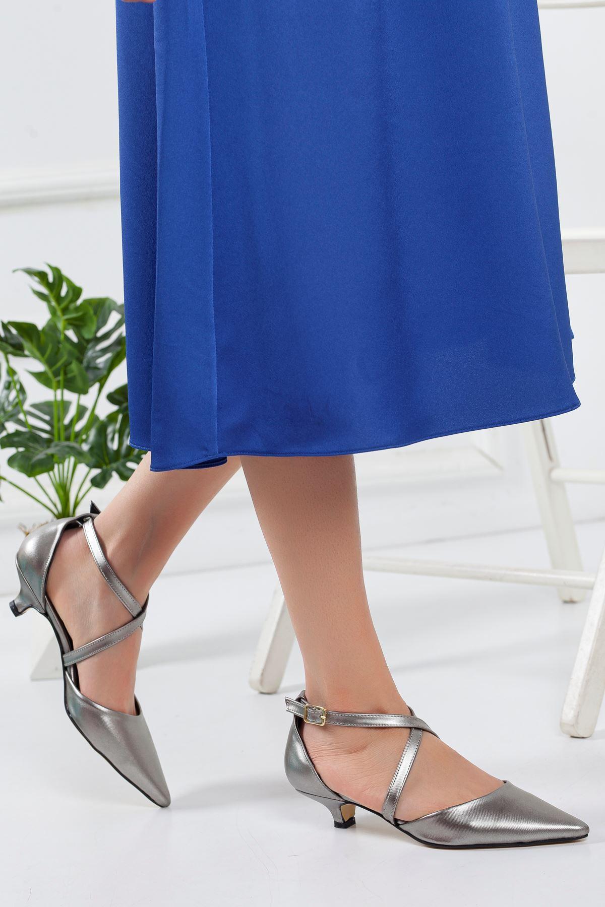 Noyan Topuklu Ayakkabı PLATİN