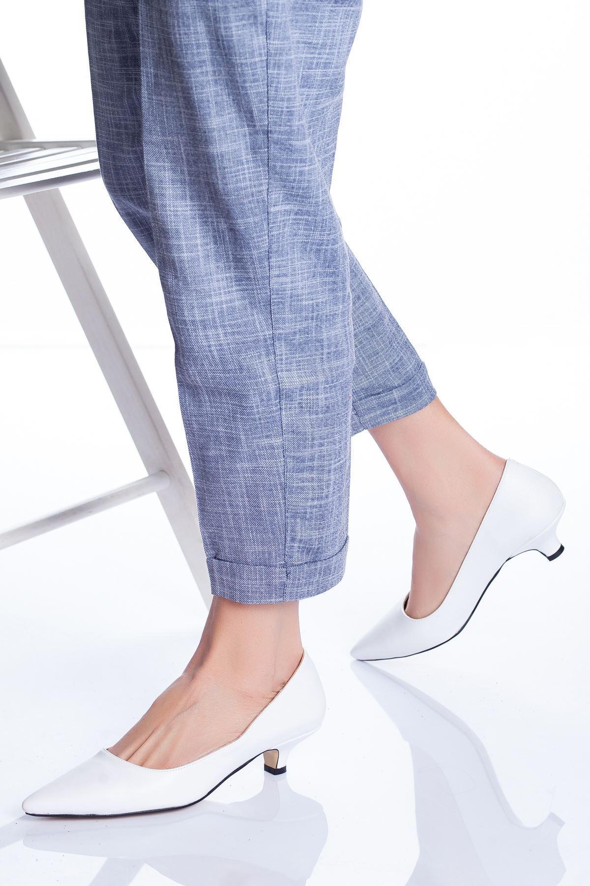 Limsi Kısa Topuklu Sivri Burun Ayakkabı Beyaz Cilt