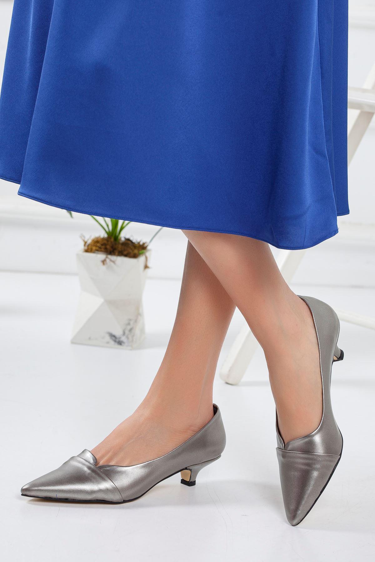 Elina Kısa Topuklu Sivri Burun Ayakkabı